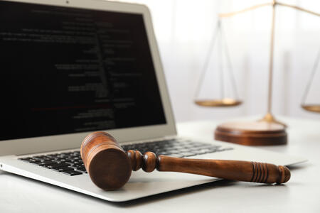 Are Hyperlinks the same as Attachments? Judge Parker opinion Nichols v. Noom